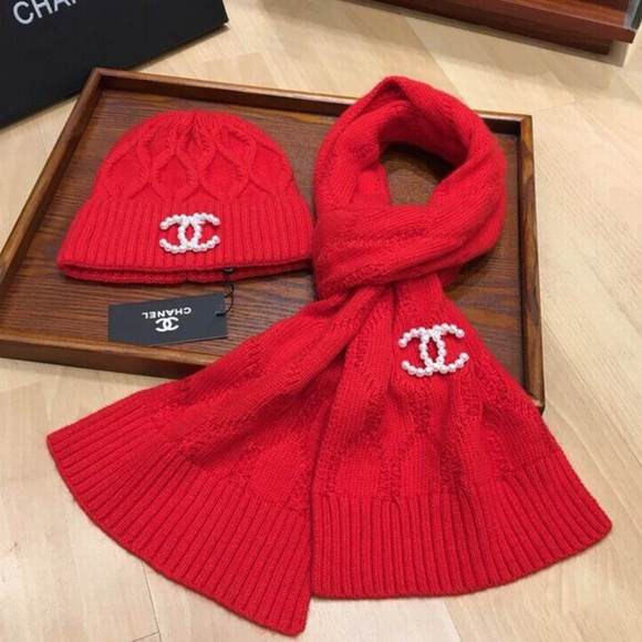 Accessories - fashion scarves beanies set